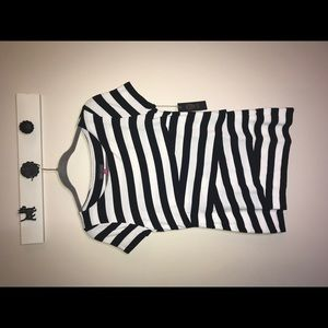 VINCE CAMUTO Black & White Striped Layer Tee NWT